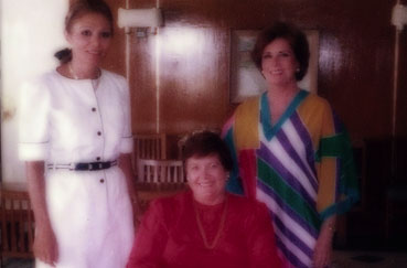 Gloria Lane with former First Lady of Egypt Jehan Sadat, Ph.D.